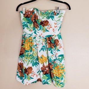Strapless Floral Dress Tropical Size Medium E13